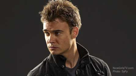 Robin Dunne plays Will Zimmerman on SyFys Sanctuary